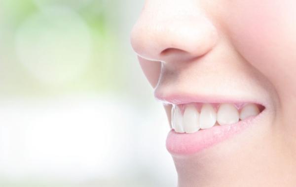 Pose prothèse dentaire